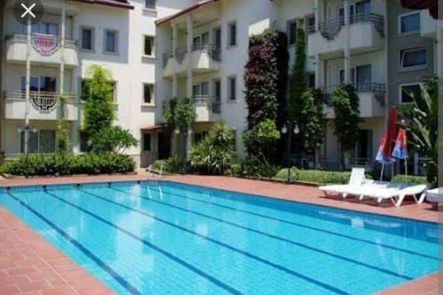 Vivienda con piscina en Marmaris