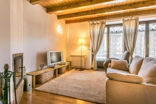 Precioso apartamento situado en Betren - Dos Habitaciones Piso, Capacidad 4