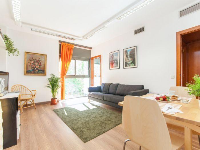 Apartamento en el centro en Barcelona con Ascensor y AC
