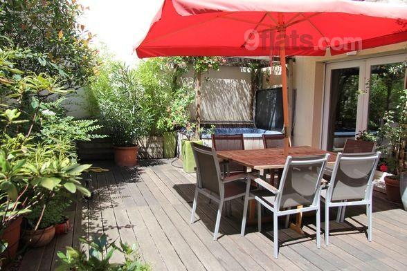 Logement de 2 chambres avec jardin