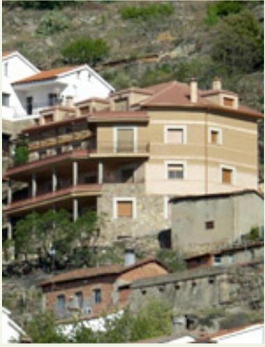 Con vistas alojamiento en Pedro bernardo