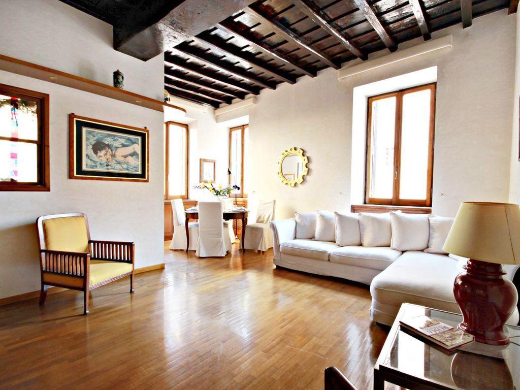 Apartamento luminoso en Roma con  Cuna