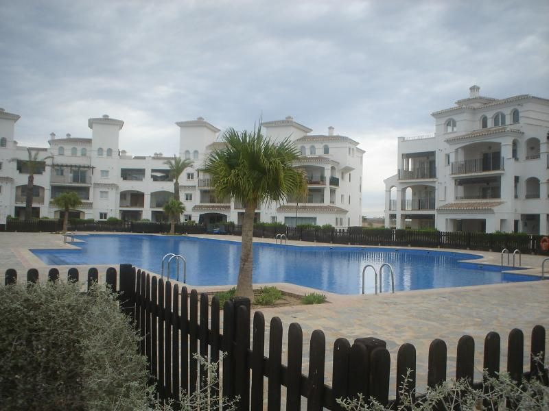 GROUND FLOOR APARTMENT IN HACIENDA  RIQUELME