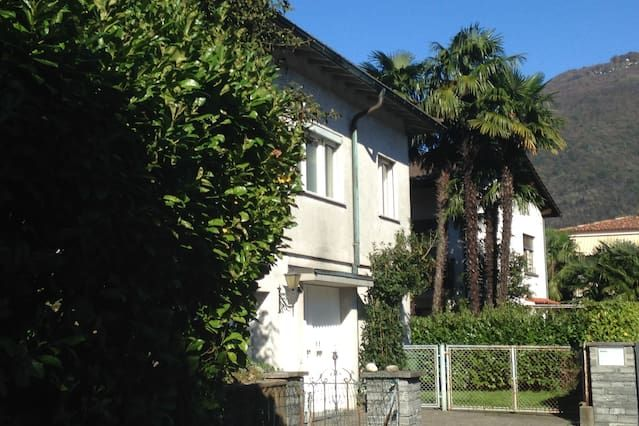 Casa con jardín en Ascona