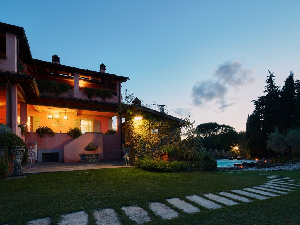Vivienda en Arezzo de 6 habitaciones