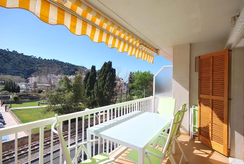 Vivienda para 6 huéspedes con balcón