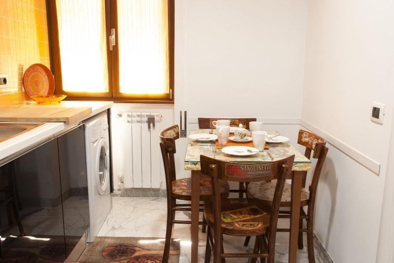 Appartement à Rome avec Terrasse, Air climatisé, Ascenseur, Machine à laver (367753)