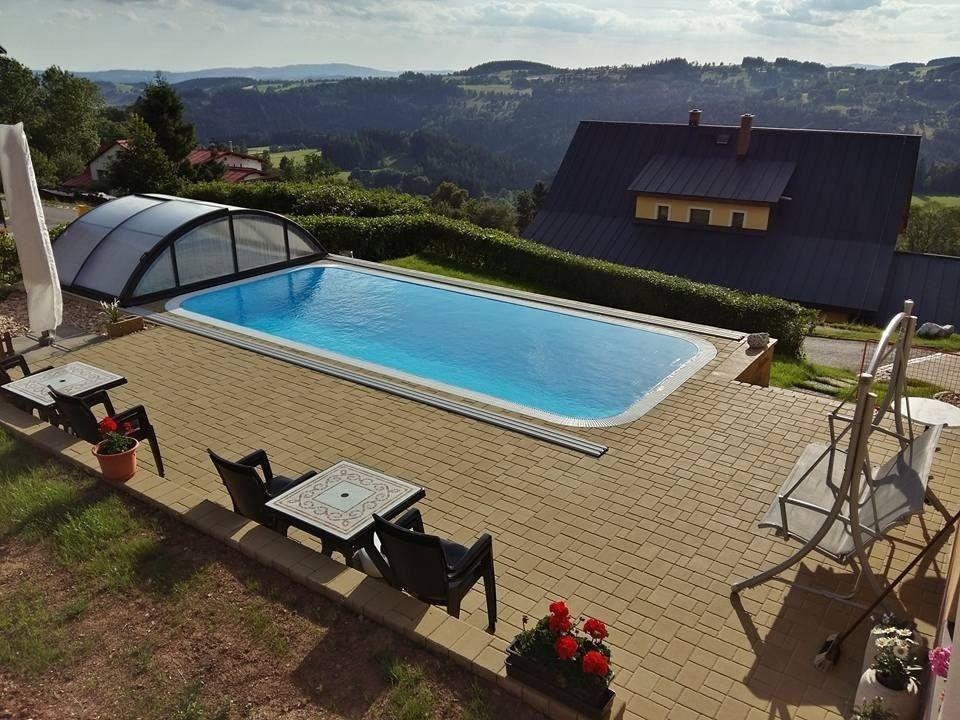 Apartamento vacacional con piscina exterior y parque infantil
