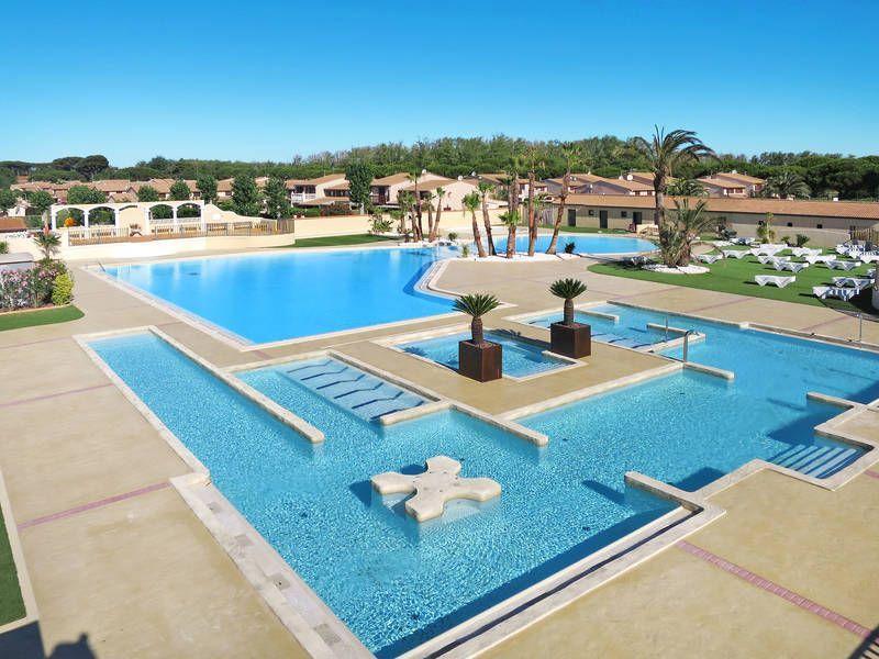 Alojamiento con todo lo necesario con piscina