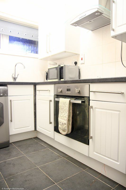 A decent modern one bedroom apartment in Coventry
