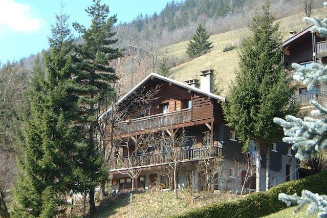 Apartamento en Le Grand-Bornand con Aparcamiento (588423)