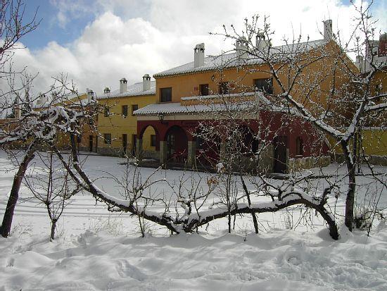 Alojamiento con jardín en Moratalla