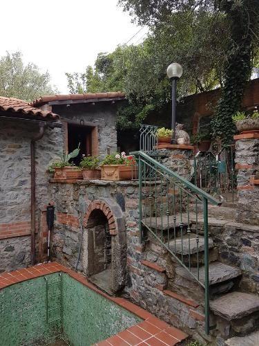 Vivienda con jardín en Varazze