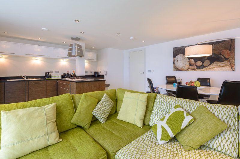 37 Rocklands Penthouse