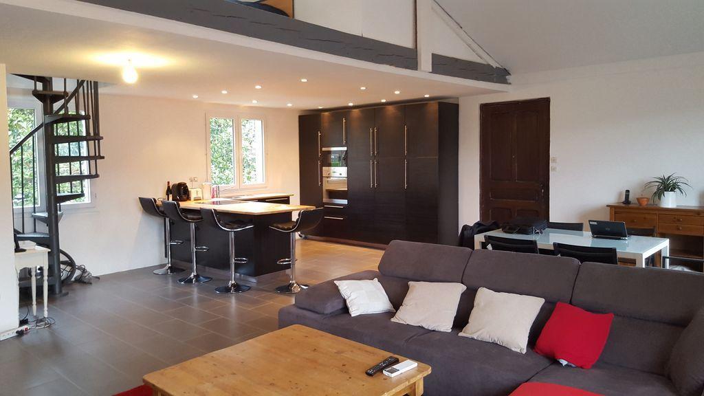 Funcional alojamiento de 4 habitaciones