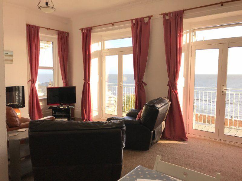 Sea view apartment, Ventnor - Salty Holidays