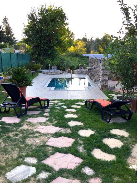 Residencia en Collebigliano con jardín