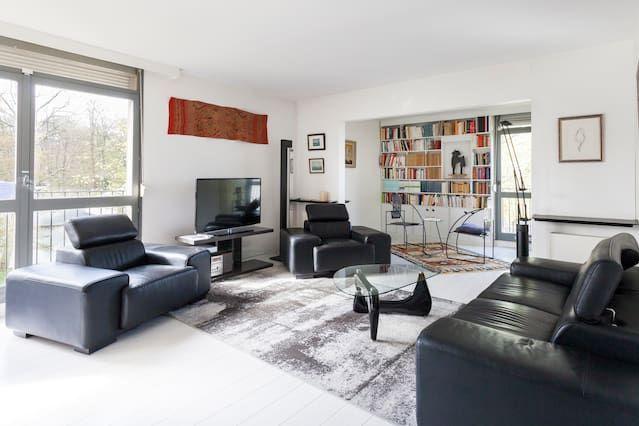 Familiar piso en Avon