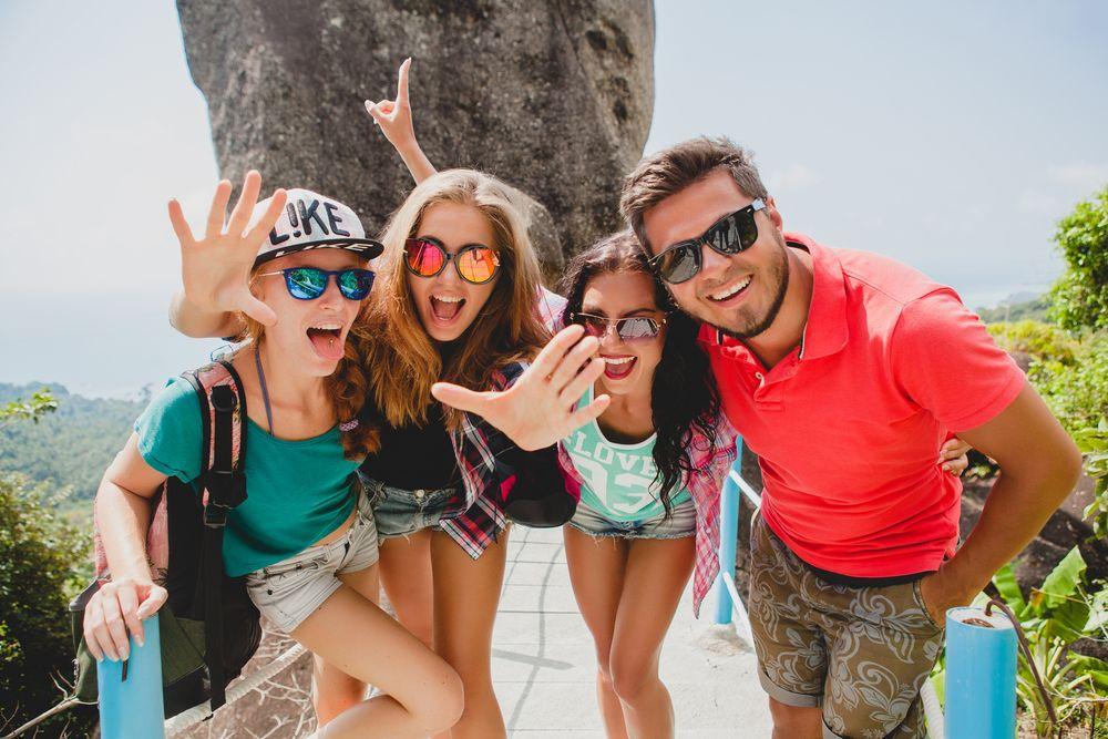 partager photos de vacances sur les réseaux sociaux