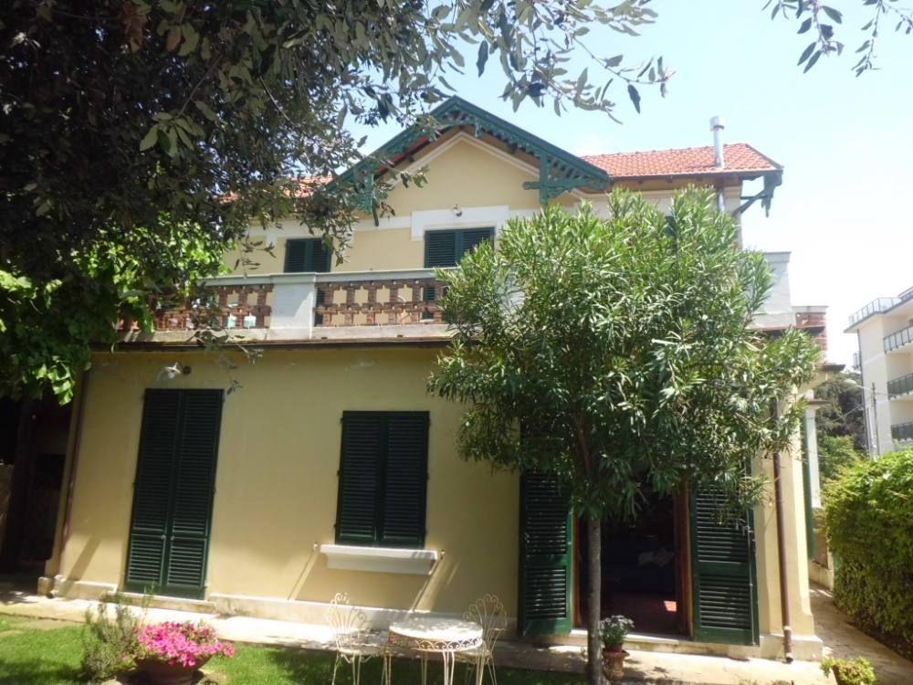 Alojamiento de 160 m² en Marina di pietrasanta