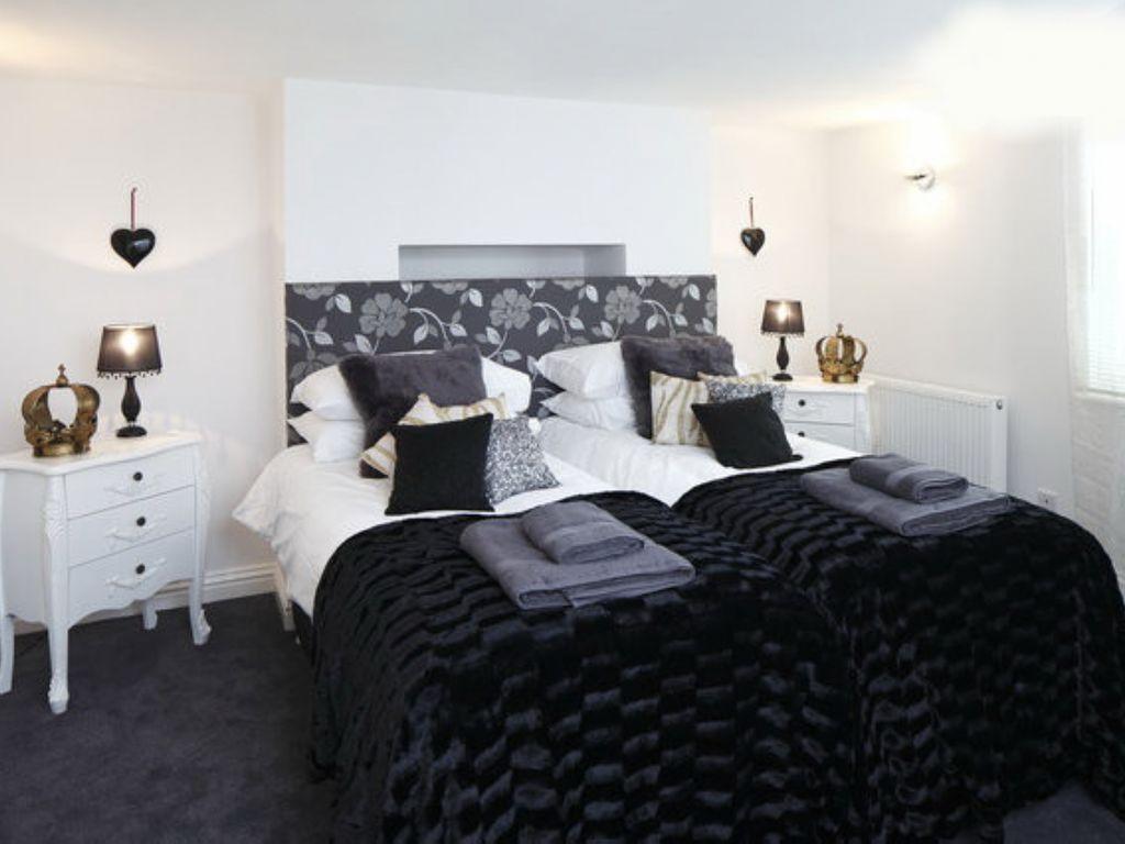 Perfect tourist apartment of 4 rooms in Brighton