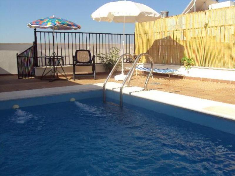 Apartamento en Adamuz con Terraza, Aire acondicionado, Lavadora (463827)