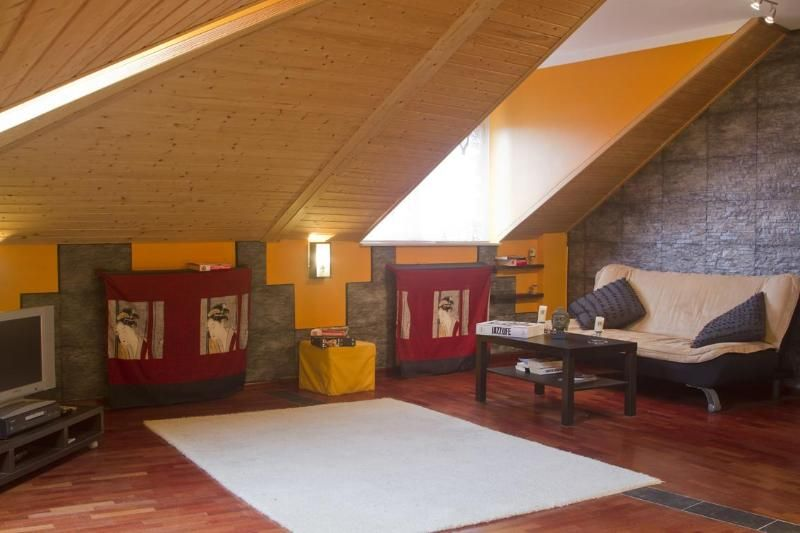 Modern and big attic central located FREE parking