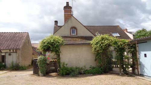 Alojamiento en Châteauneuf-sur-loire con balcón