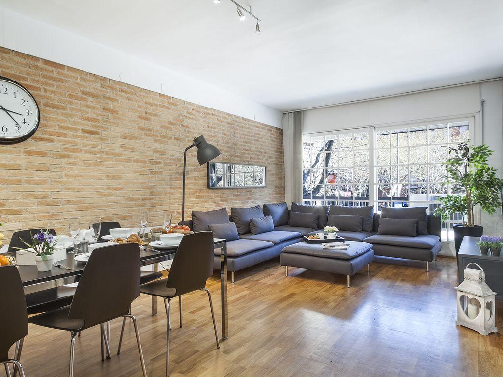 Práctico apartamento de 3 habitaciones en Barcelona