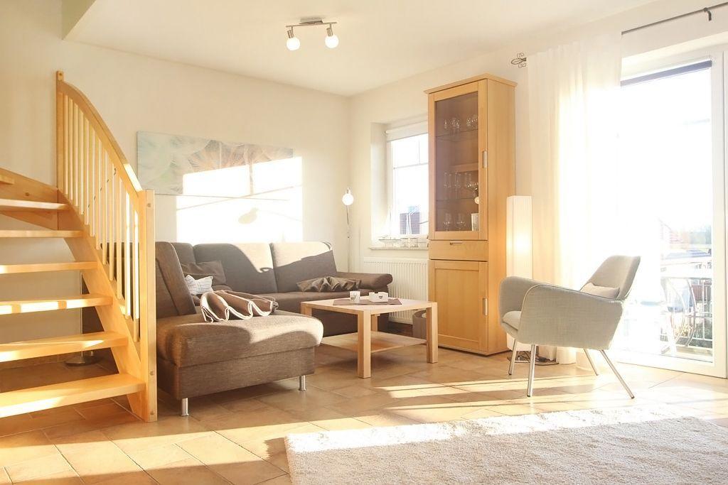 Apartment mit 2 Zimmern und Balkon
