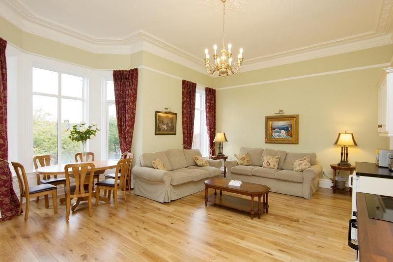 Bellamente restaurado apartamento de estilo victoriano - 6 slps