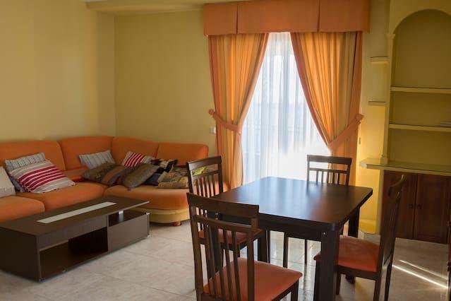 Piso de 3 habitaciones con balcón