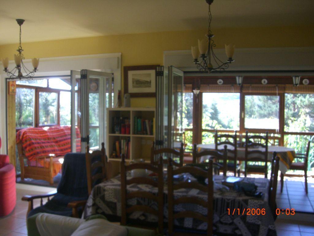 Casa hogareña de 4 habitaciones