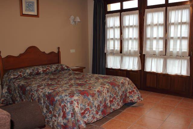 Alojamiento para 10 huéspedes de 2 habitaciones