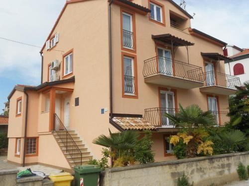 Wohnung auf 80 m²