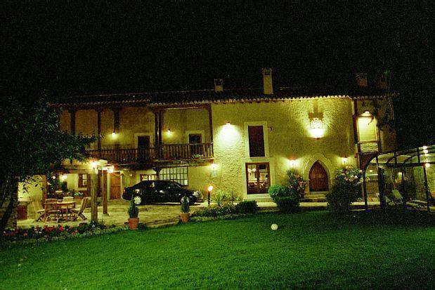 Casa en Horcajo de la sierra para 16 huéspedes