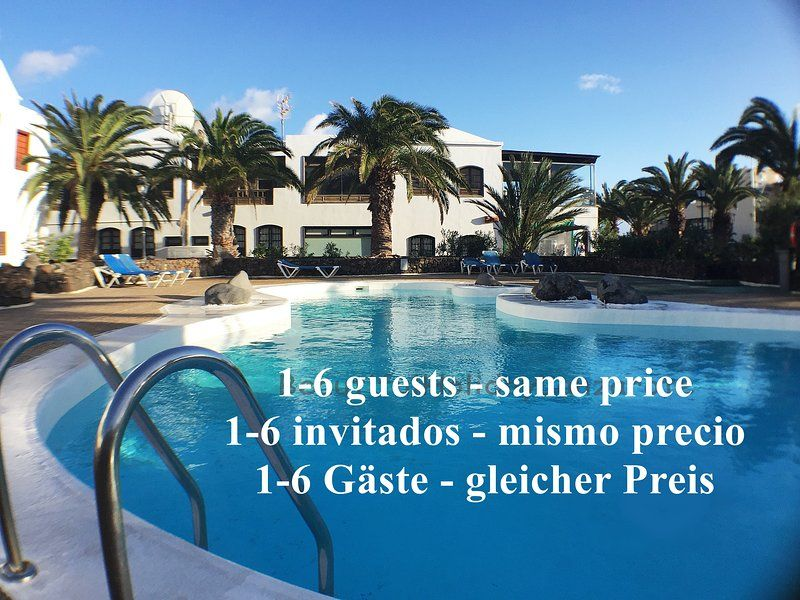 Holiday rental with swimming pool for 6 guests