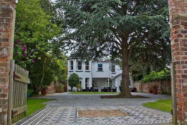 Residencia de 6 habitaciones en Gosport