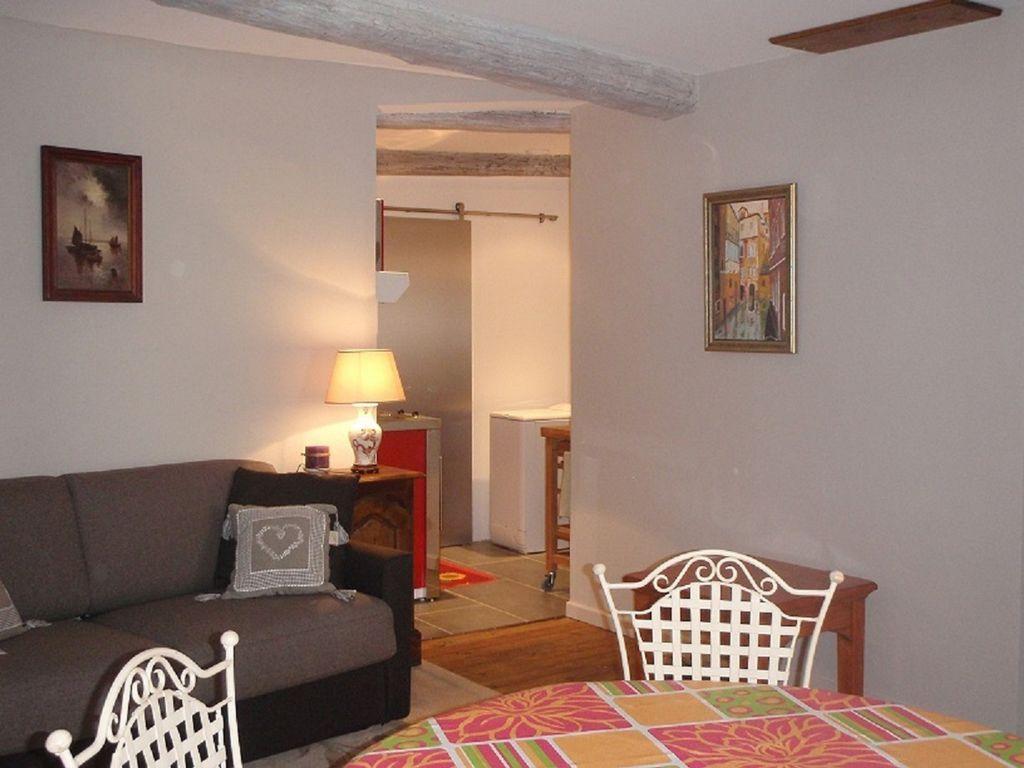 Alojamiento en Bargemon de 1 habitación