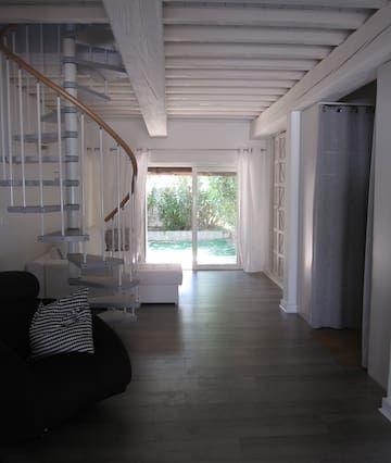 Hébergement à Saintes-maries-de-la-mer de 2 chambres