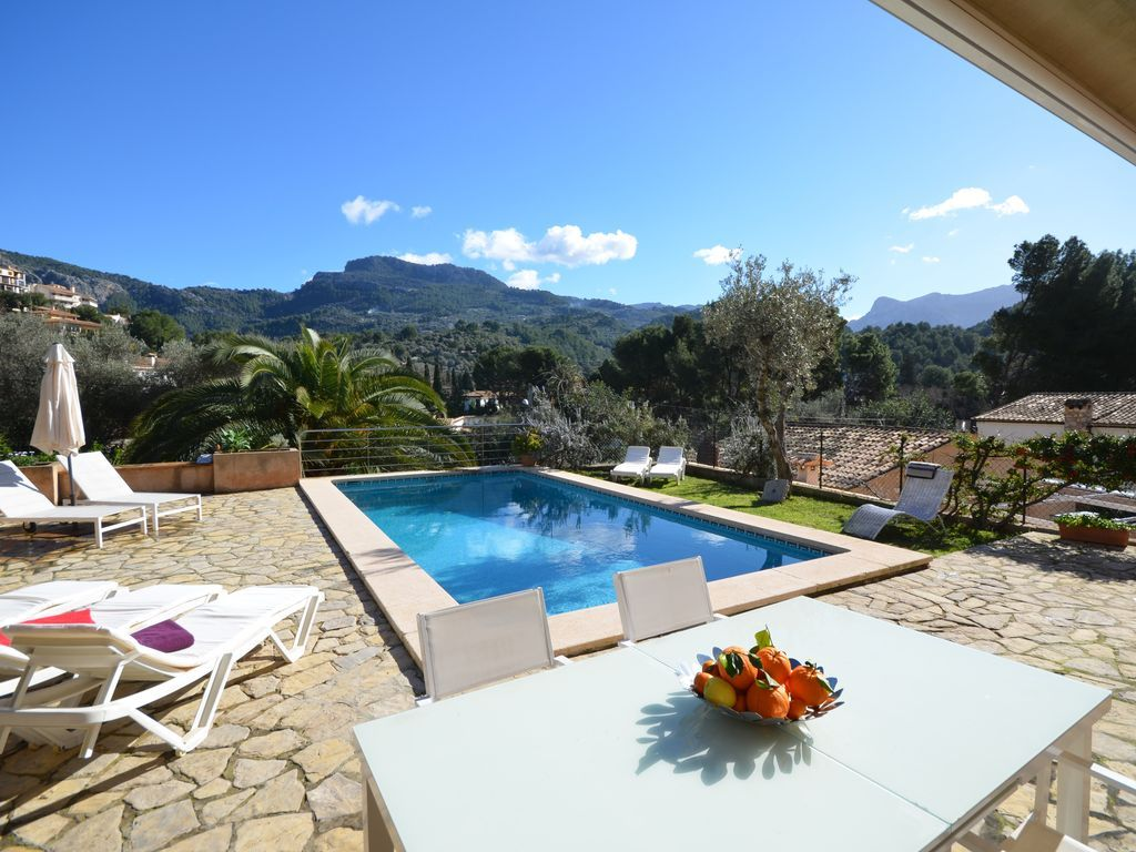 Residencia con piscina en Puerto de sóller