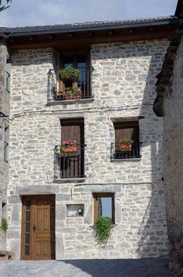 Apartamento en Torla con jardín