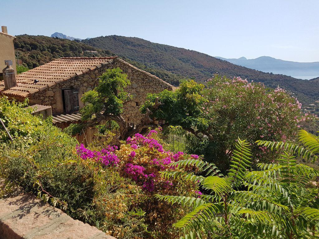 Residencia en Partinello con jardín