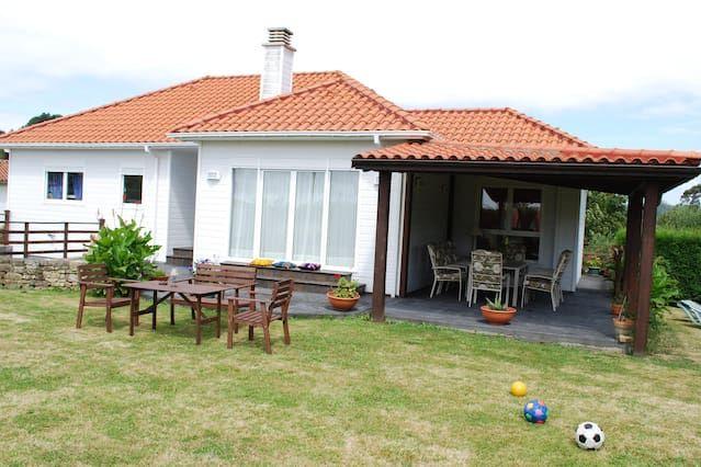 Provista residencia de 120 m²