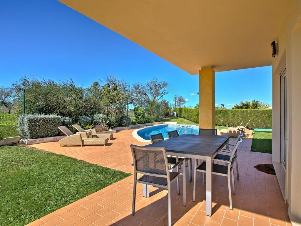 Casa cómodo de 205 m²