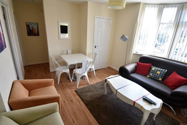 Apartment in Coventry with parking included