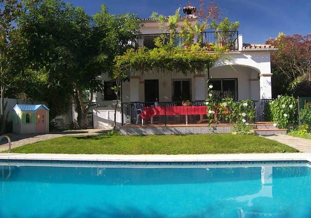 Central apartment with Garden and Pool in Costa del sol