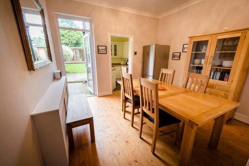 Railway Cottage,  2 Bed House with garden, London