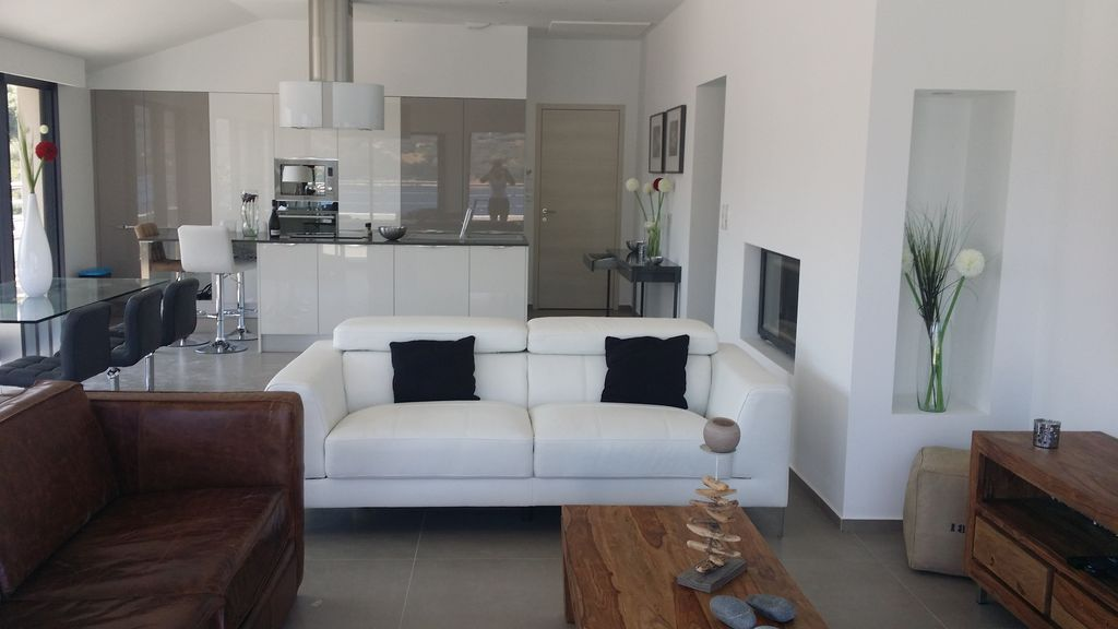 140 m² holiday rental with balcony