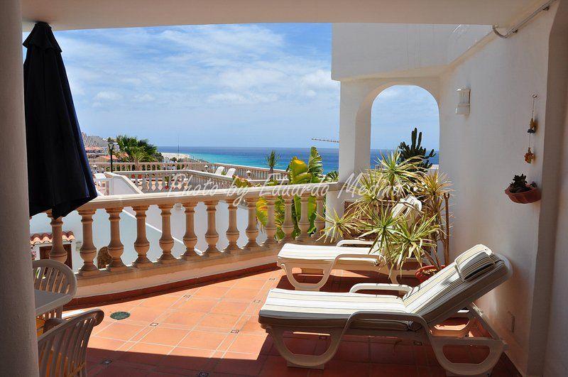 Apartamento con balcón de 90 m²